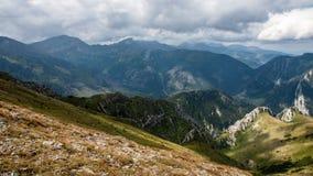 Tatry bergsikter och Trekking Czerwone Wierchy Royaltyfri Bild