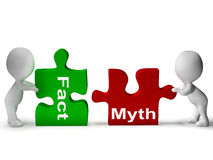 Tatsachen-Mythos-Puzzlespiel zeigt Tatsachen oder Mythologie Stockfotografie