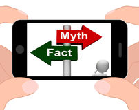 Tatsachen-Mythos-Wegweiser zeigt Tatsachen oder Mythologie an Lizenzfreie Stockfotos