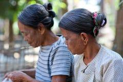 Tattoed妇女,缅甸 图库摄影