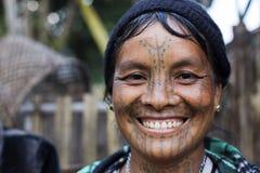 Tattoed kvinna för haka stam (muun) Royaltyfria Bilder