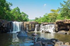 Tatton vattenfall, Chaiyaphum, Thailand Royaltyfri Bild