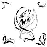 Tattoostyle varg och fjäder för salonger och tryck Royaltyfri Fotografi