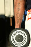 Tatuażu SPQR ręki gladiator z dumbbell Zdjęcie Stock