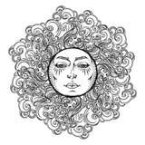 Tatuagem da mandala Sol do estilo do conto de fadas com um rosto humano cercado por nuvens ornamentado encaracolado Elemento deco Foto de Stock Royalty Free