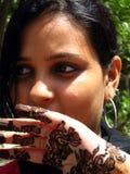 Tatuaje de la alheña de Mehandi imagen de archivo libre de regalías