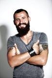 Tatuujący brodaty mężczyzna Obraz Royalty Free