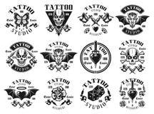 Tatuuje pracownianego dużego set wektorowi roczników emblematy royalty ilustracja