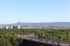 Tatysheva海岛, 10月桥梁 krasnoyarsk 免版税库存图片