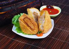 Tau Fu Yong. Азиатская заполненная кухня затира рыб Стоковое фото RF