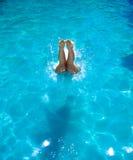 Tauchen zum Pool Stockfoto