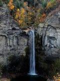 Taughannock fällt in den Herbst stockbilder