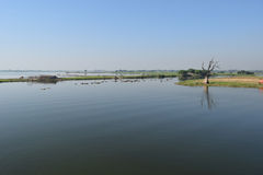 Taungthaman湖Amarapura,曼德勒,缅甸 免版税库存照片