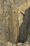 Taurus Mountains kalkon Branta klippor och klyfta capped maximumsnow royaltyfria bilder