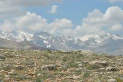 Taurus Mountains Turquia Penhascos íngremes e desfiladeiro Picos Snow-capped imagem de stock royalty free