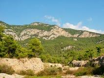 Taurus Mountains y bosque en Turquía Fotografía de archivo