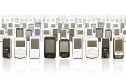 Tausend von Smartphones Stockbild