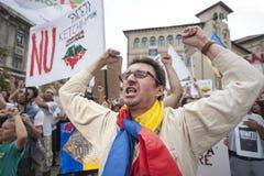 Tausenden sammeln in Rumänien gegen Kanadisch-kontrollierte Goldmine auf Bukarest Lizenzfreies Stockfoto