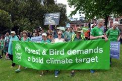 Tausendesammlung für Aktion auf Klimawandel Stockbild