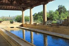 Tavel by i Provence, sydliga Frankrike royaltyfri foto