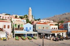 Tavernas de bord de mer, Emborio Photos libres de droits