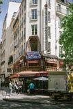 Taverne Karslbrau en la ruda de Lyon París imagen de archivo