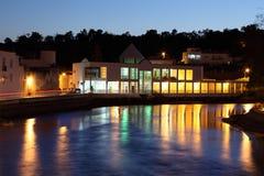 Tavira på natten. Algarve Portugal Royaltyfri Foto