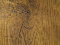 Tavola arancio del bordo del legno duro con il foro di nodo e gli anelli annuali nazionali Immagine Stock Libera da Diritti