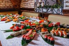 Tavola dei sushi fotografie stock libere da diritti