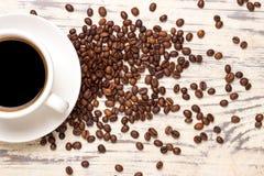 Tavola del grano della tazza di caffè immagine stock libera da diritti