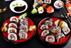 Tavola del partito dei sushi Fotografie Stock Libere da Diritti