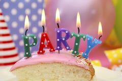 Tavola del partito di buon compleanno Immagine Stock