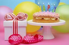 Tavola del partito di buon compleanno Immagini Stock Libere da Diritti