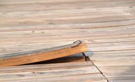 Tavola di pavimento allentata Fotografia Stock Libera da Diritti