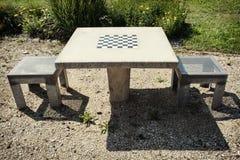 Tavola e sedie di scacchi Fotografia Stock Libera da Diritti