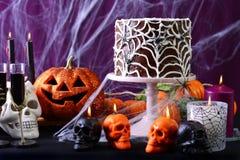 Tavola felice del partito di Halloween fotografia stock libera da diritti