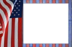 Tavola patriottica con la bandiera degli Stati Uniti Fotografie Stock Libere da Diritti
