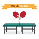 Tavola verde per tennis e le racchette Attrezzatura per il ping-pong fla Immagine Stock Libera da Diritti