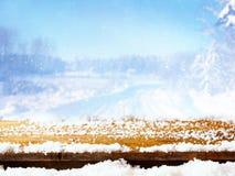 Tavola vuota davanti al paesaggio magico di inverno Fotografia Stock Libera da Diritti