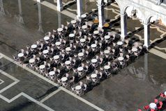 Tavolino da salotto all'aperto di vista aerea con alta marea a Venezia Immagine Stock Libera da Diritti