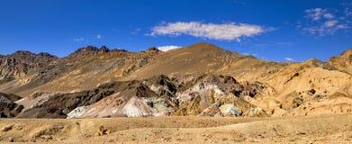 Tavolozza degli artisti al parco nazionale di Death Valley, Californien Immagini Stock Libere da Diritti