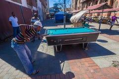 Taxa chaufförer kopplar av slår samman bordlägger Durban royaltyfri bild