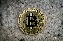 A taxa cripto nova da moeda, do bitcoin e do computador financia o mapa Foto de Stock