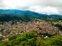 Taxco,格雷罗州,墨西哥 鸟瞰图 免版税图库摄影