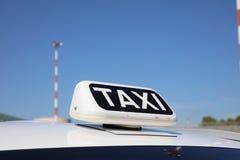 Taxi à l'aéroport de Catane Image libre de droits