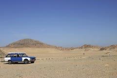 Taxi 132 en el desierto de Sinaí Imágenes de archivo libres de regalías