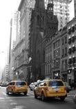 taxi amarillo de la 5ta avenida Fotos de archivo libres de regalías