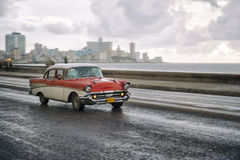 Taxi antiquato Havana Cuba dell'automobile 50s Fotografie Stock
