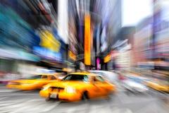 Taxi borroso Nueva York Imagenes de archivo