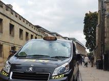 taxi in Cambridge stock foto